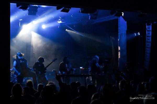 Konzertfoto von Oni - 20 Years Down and Dirty Tour