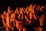 Konzertfotos von While She Sleeps in Zürich 2018