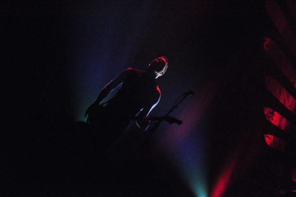 Gitarrist Florian Füntmann bei dem Auftritt von Long Distance Calling im Beatpol Dresden